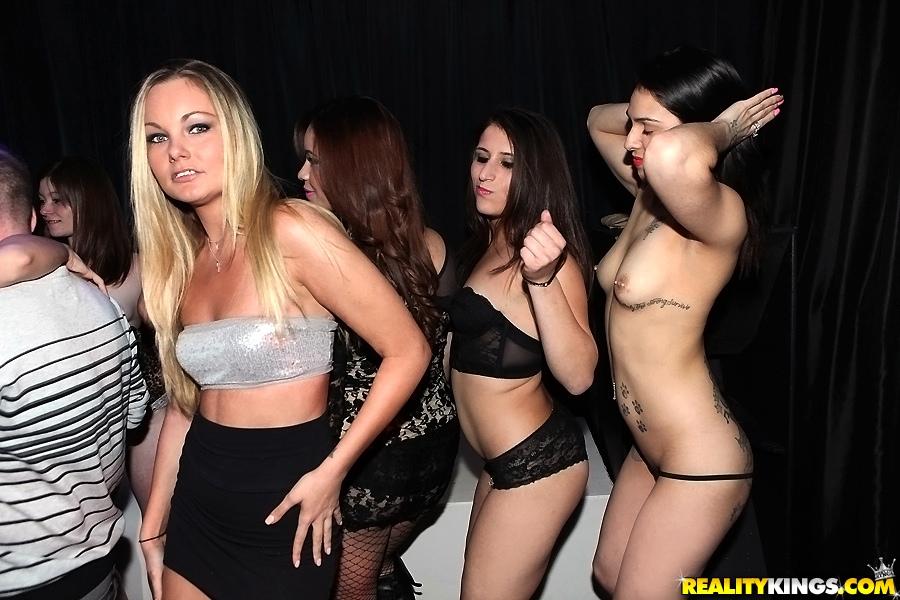 Casino girl upskirt voyeur pussy - 2 7